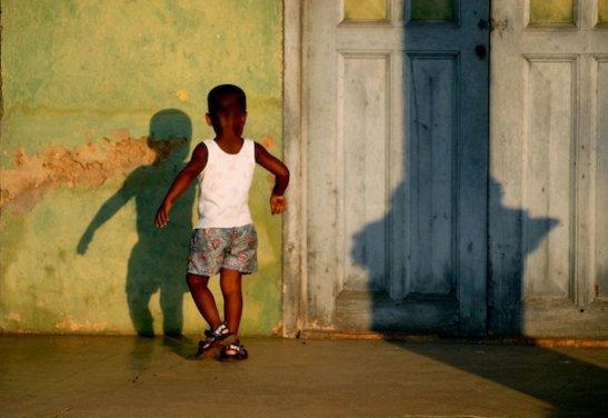 La danza de las sombras, by Ariel Arias for Tony Cantero Suárez