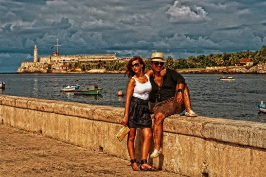 Los amantes del malecon de la Habana by Ariel Arias for Tony Cantero Suárez