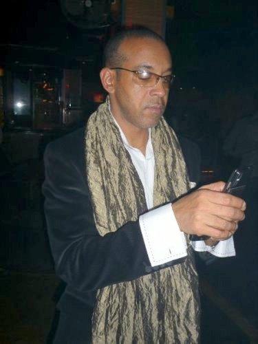 El poeta Tony Cantero Suárez en Berlin