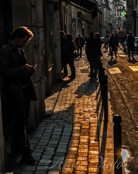 Jolie lumière parisienne by Ariel Arias for Tony Cantero Suárez