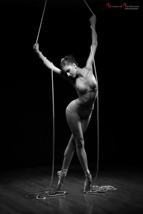 Bailarina y cuerdas rotas Manouchka Modèle by 33passion for Tony Cantero Suárez
