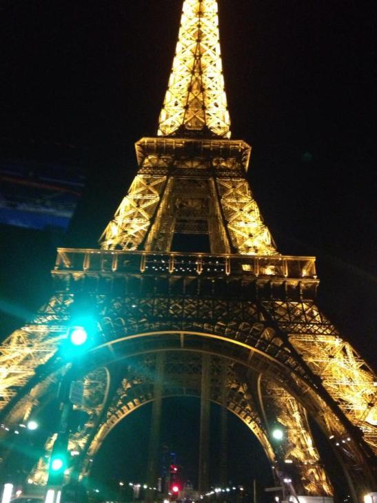 La luz de Eiffel by Melanie Gratacos for Tony Cantero Suárez