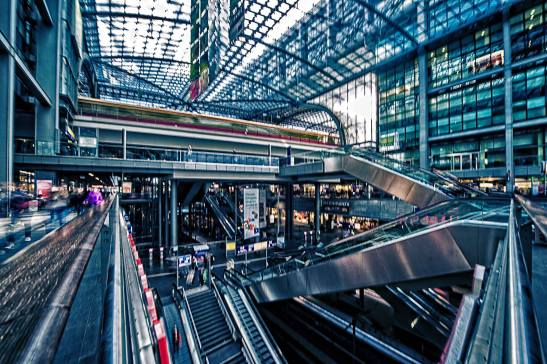 Berlin HBF by Ariel Arias