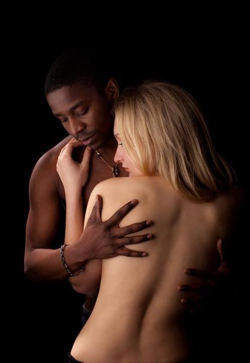 Sensual temptation Leonarda Guinzburg & Jodler JJ by Studiophotoalsace Spalsace & Laila Schmitt.