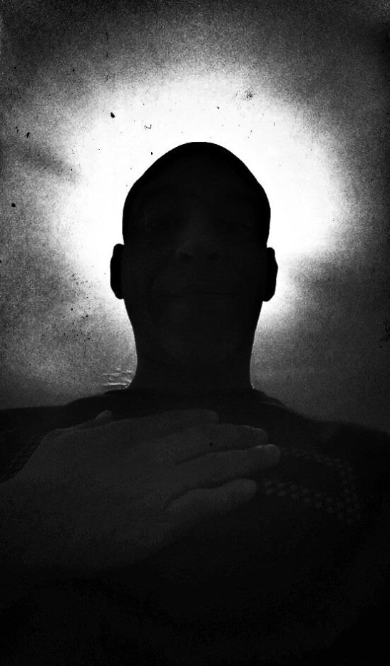 El Idílico Existencialista iluminado
