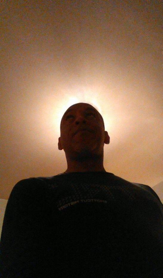 La luz del Poeta Tony Cantero Suárez