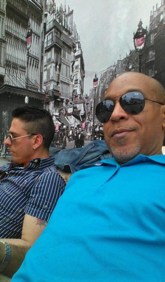 Tony Cantero Suarez & Miky Castañeda en Paris - engaña ojos