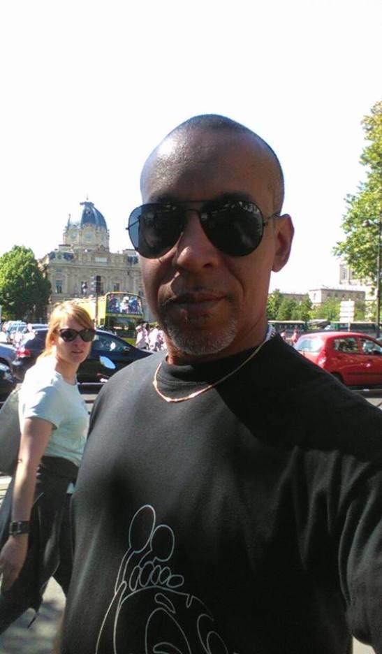 Tony Cantero Suárez dando vueltas por Paris 2015