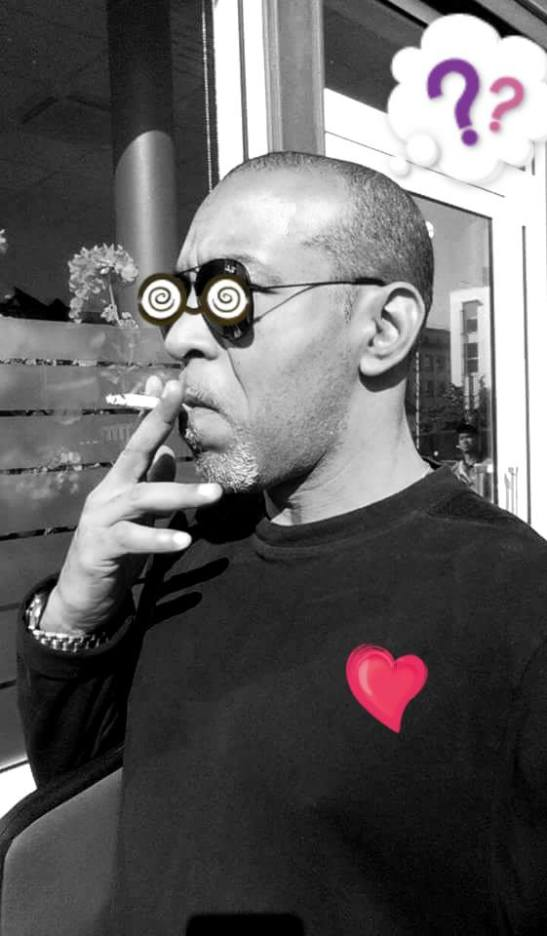 Tony Cantero Suárez el poeta piensa, silba y se inspira - Paris 2015