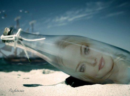 Fotomontaje-de-botella-en-la-playa