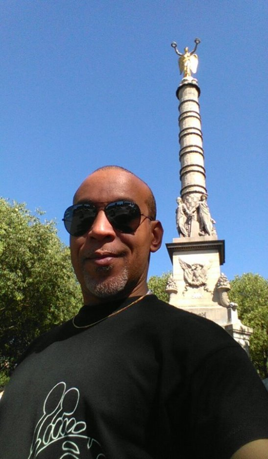 Tony Cantero Suárez Plaza de la Bastilla Paris