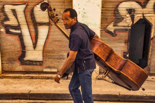 Contrabajo — in Cuba. by Ariel Arias