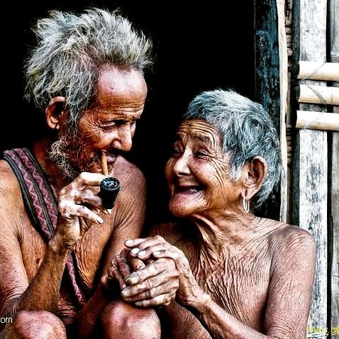 Viejos amores no mueren