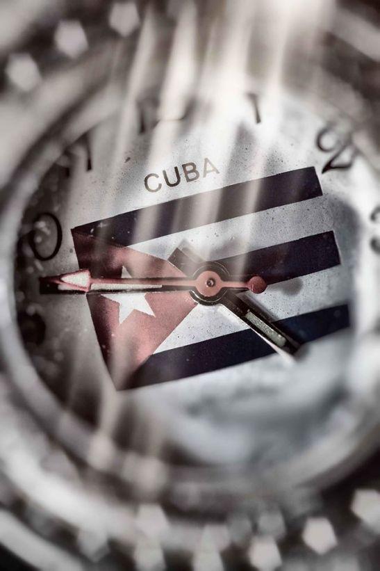 El tiempo pasa y la vida pasa by Ariel Arias