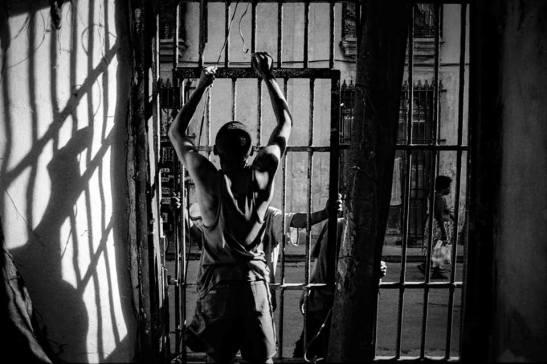 prisionero-de-sus-sombras-by-ariel-arias